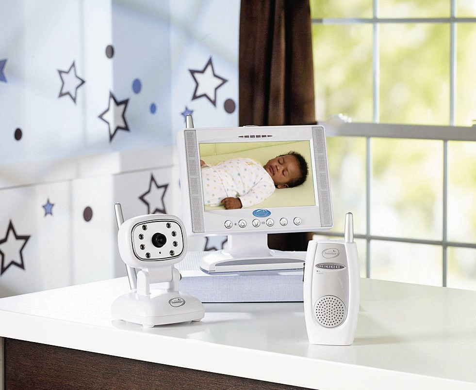 best baby video monitor reviews 2017. Black Bedroom Furniture Sets. Home Design Ideas